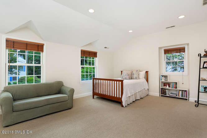 23 Stoney Ridge Lane,Riverside,Connecticut 06878,5 Bedrooms Bedrooms,4 BathroomsBathrooms,Single family,Stoney Ridge,103511