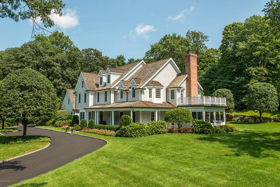 4 Holly Way,Cos Cob,Connecticut 06807,5 Bedrooms Bedrooms,4 BathroomsBathrooms,Single family,Holly,104518