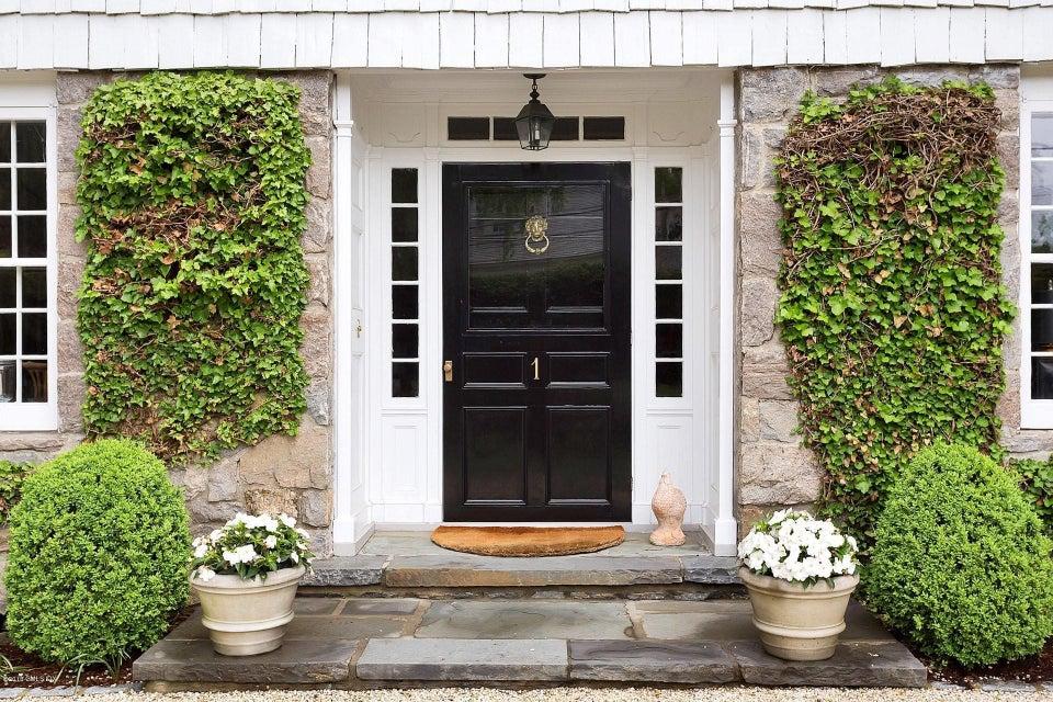 1 Macpherson Drive,Greenwich,Connecticut 06830,5 Bedrooms Bedrooms,5 BathroomsBathrooms,Single family,Macpherson,104384
