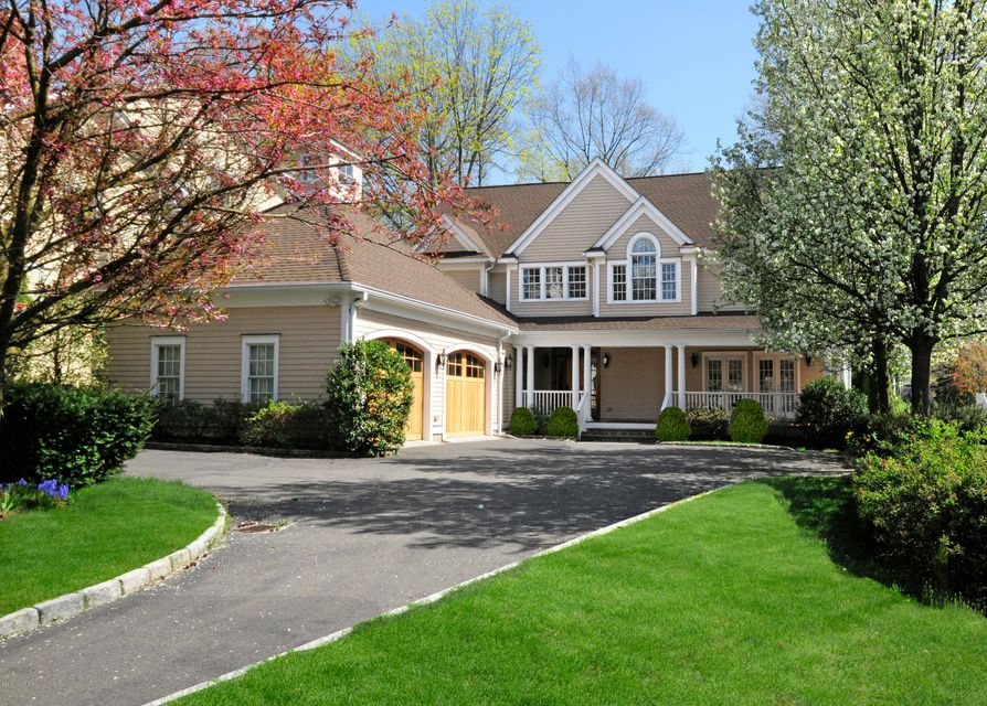 34 Hendrie Avenue,Riverside,Connecticut 06878,6 Bedrooms Bedrooms,5 BathroomsBathrooms,Single family,Hendrie,104519
