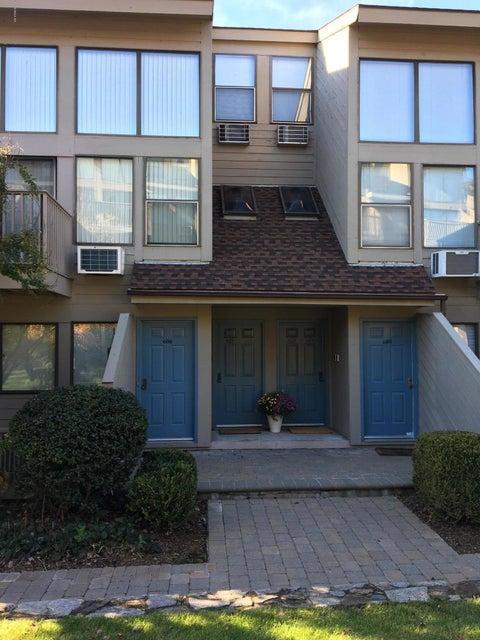 1465 Putnam Avenue,Old Greenwich,Connecticut 06870,1 Bedroom Bedrooms,1 BathroomBathrooms,Condominium,Putnam,104895