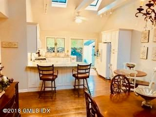 37 Center Drive,Old Greenwich,Connecticut 06870,3 Bedrooms Bedrooms,2 BathroomsBathrooms,Single family,Center,104880