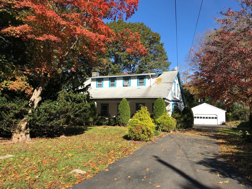 7 Buxton Lane,Riverside,Connecticut 06878,4 Bedrooms Bedrooms,2 BathroomsBathrooms,Buxton,104874