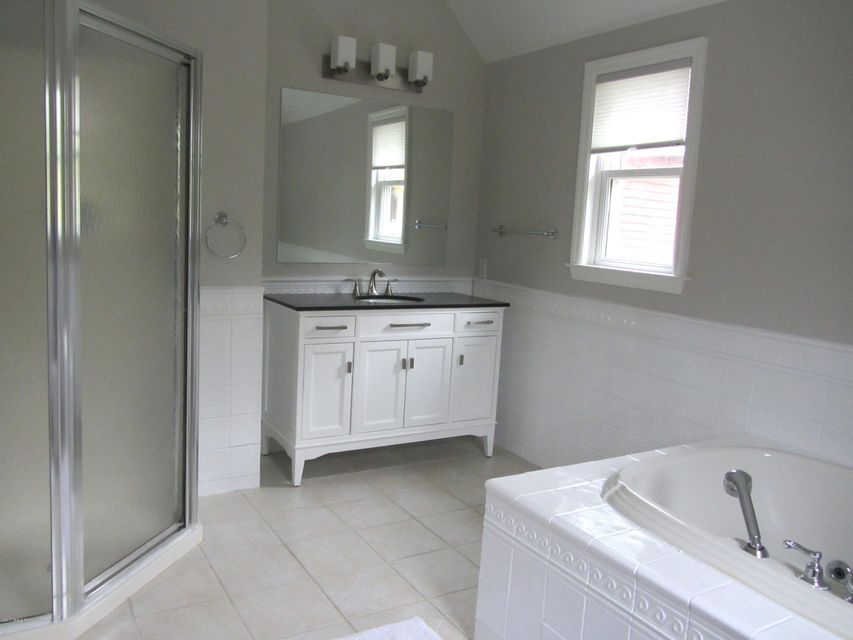 107 Havemeyer Place,Greenwich,Connecticut 06830,4 Bedrooms Bedrooms,3 BathroomsBathrooms,Single family,Havemeyer,104885