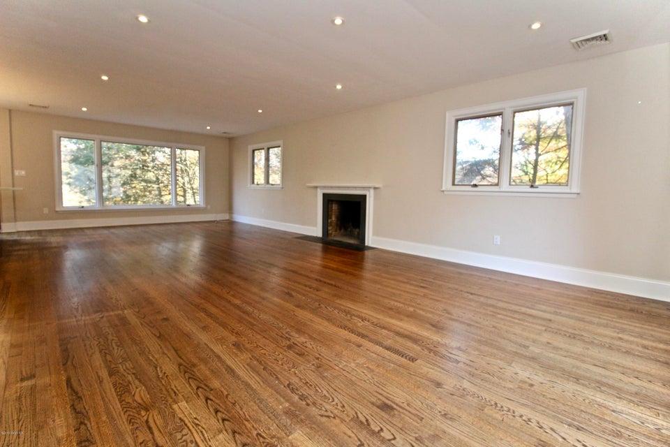 3 Wyndover Lane,Cos Cob,Connecticut 06807,4 Bedrooms Bedrooms,3 BathroomsBathrooms,Single family,Wyndover,104896