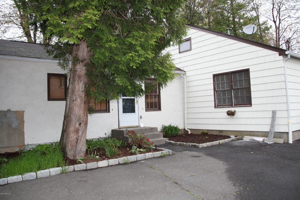 10 Salem Street,Cos Cob,Connecticut 06807,2 Bedrooms Bedrooms,1 BathroomBathrooms,Apartment,Salem,104932