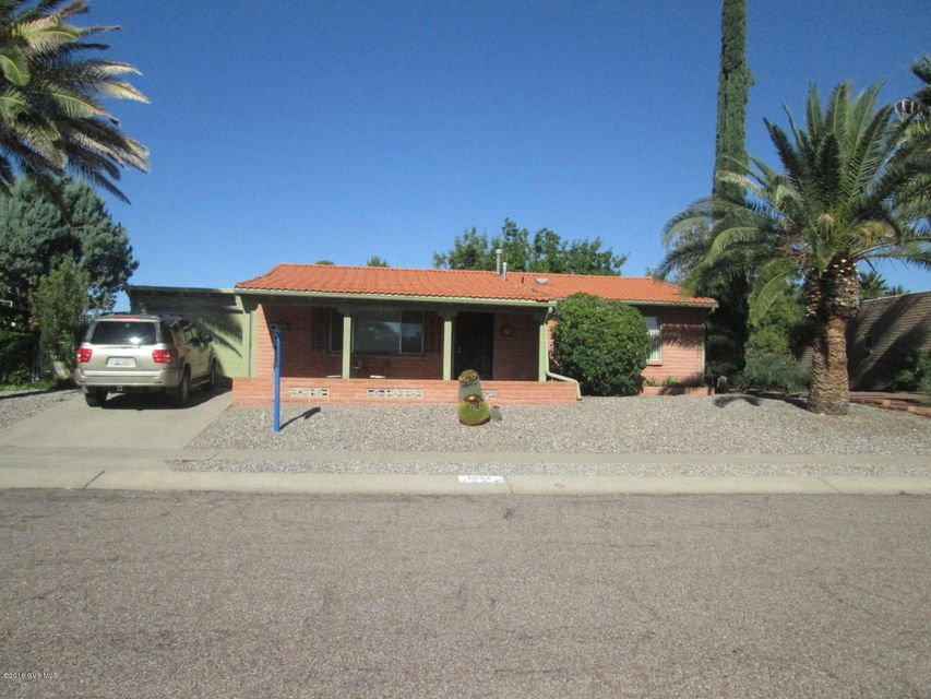 1642 S San Ray, Green Valley, AZ 85614