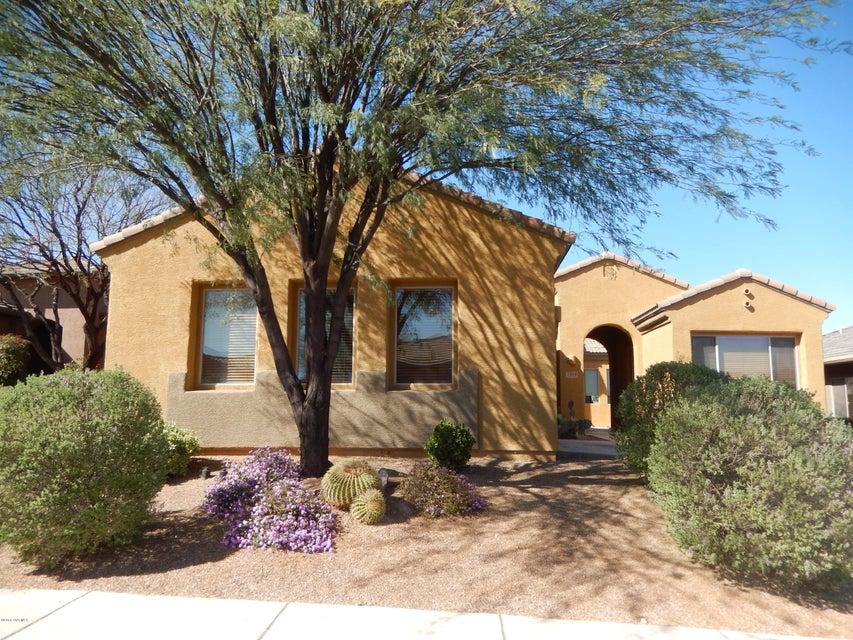 1866 W Acacia Bluffs Drive, Green Valley, AZ 85622