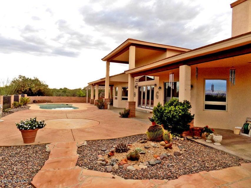 3540 W Calle Tres, Green Valley, AZ 85622
