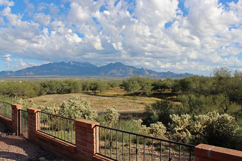 1271 W Camino De La Oca, Green Valley, AZ 85622