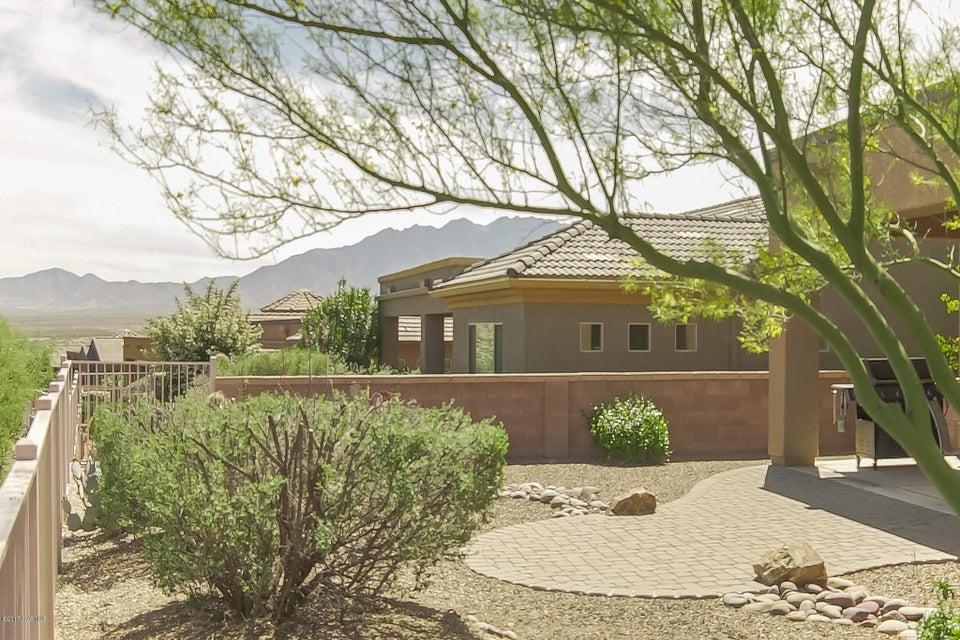 1902 W Acacia Bluffs Drive, Green Valley, AZ 85622