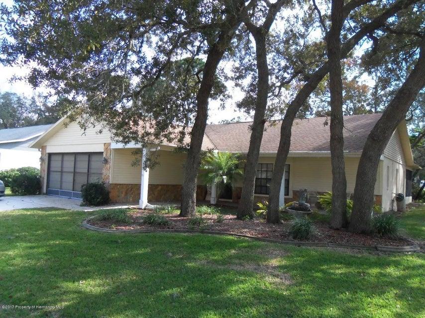 6482 Ocean Pines Ln, Spring Hill, FL 34606