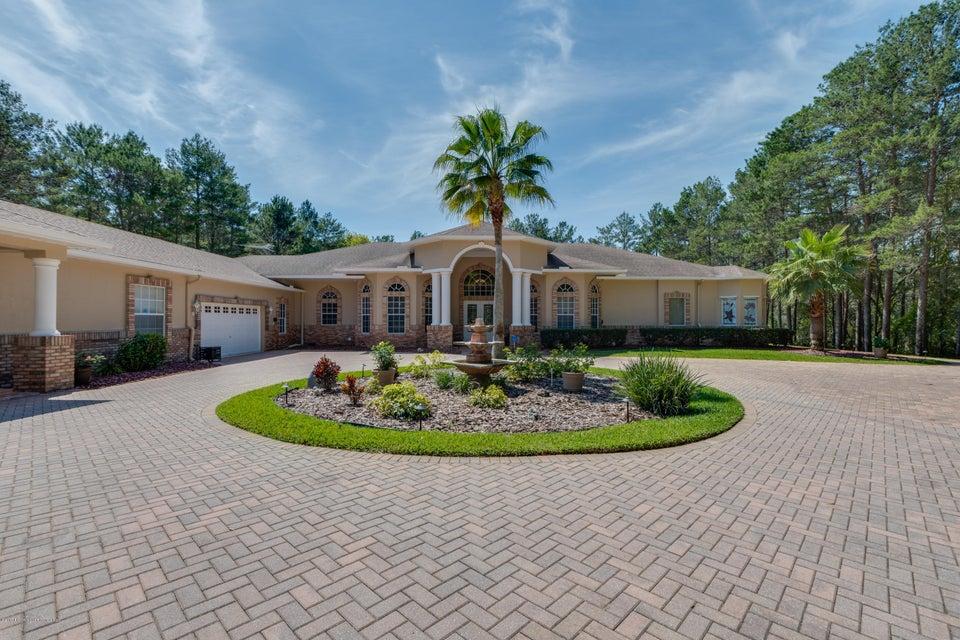 9402 Sand Pines Court, Weeki Wachee, FL 34613