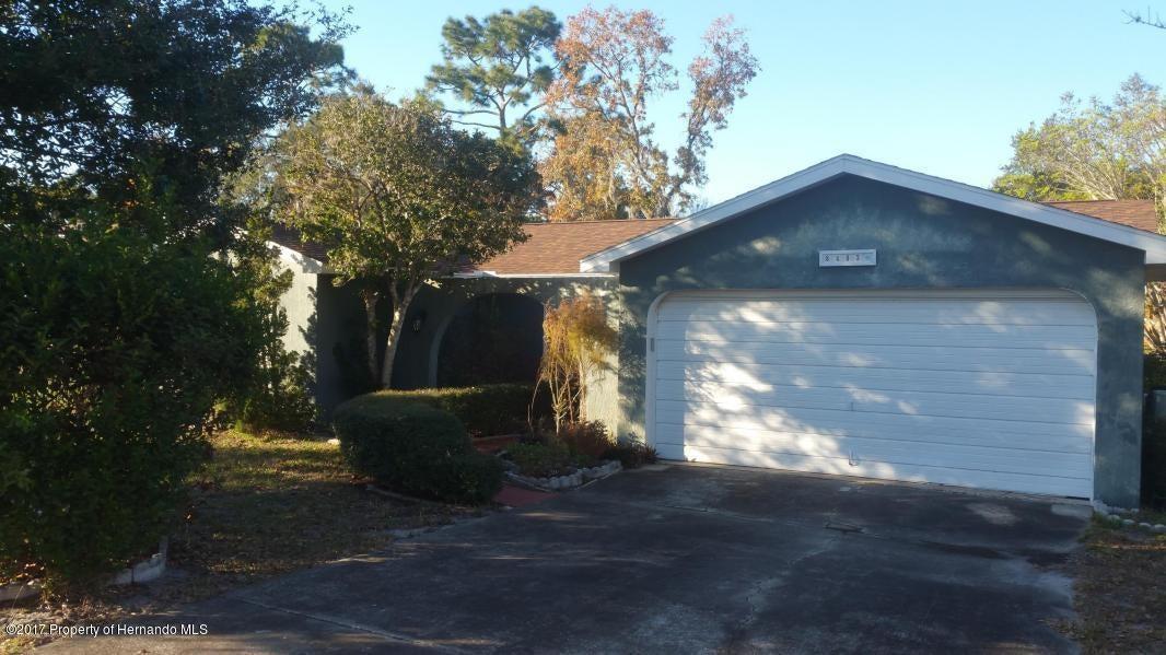 8403 Dunnellon Road, Weeki Wachee, FL 34613