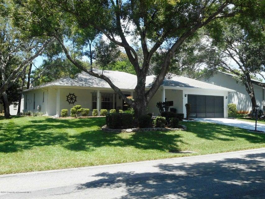 2692 Royal Ridge Drive, Spring Hill, FL 34606