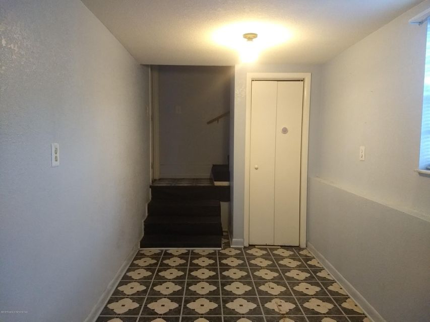 5284 Iroquois Avenue