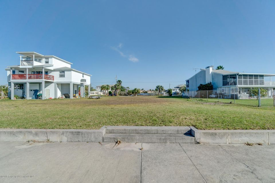 3235 Flamingo Boulevard