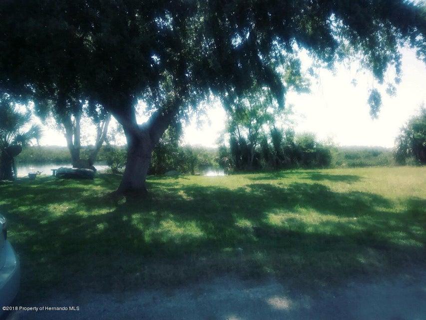 14955 Edgewater Circle