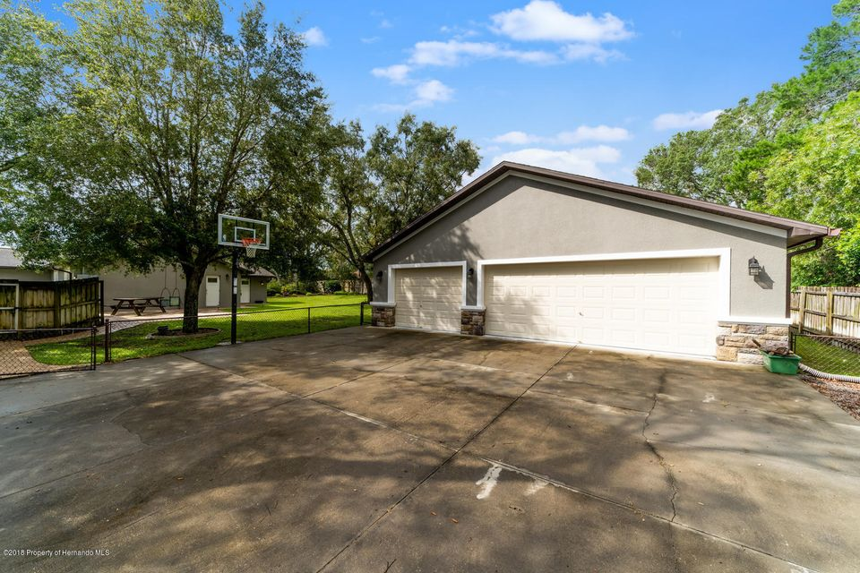 11231 Murraysville Drive