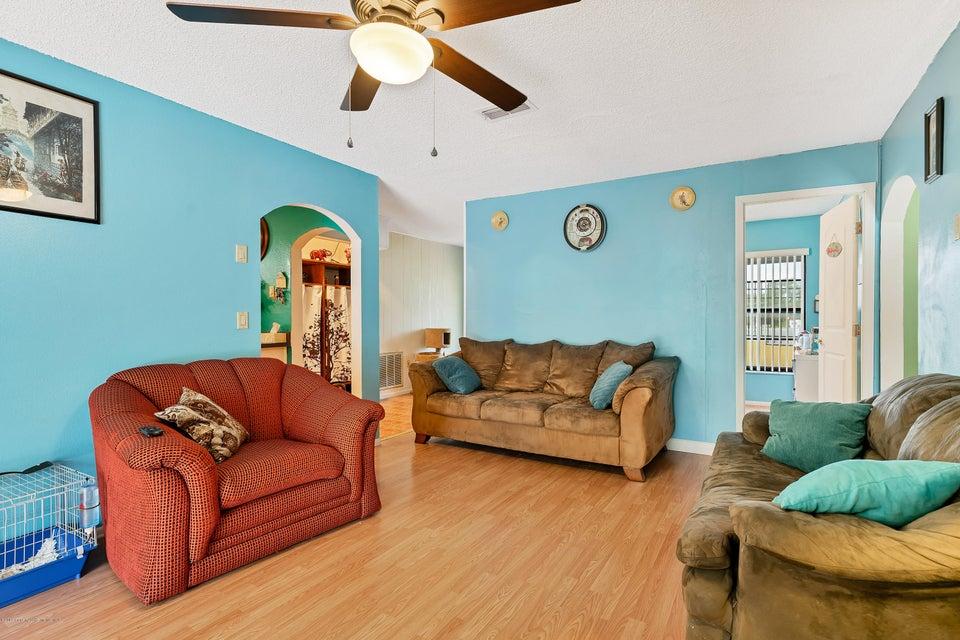 3414 Knotty Oaks Circle