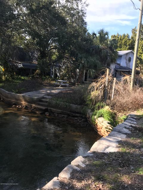 6097 Palm Creek Drive