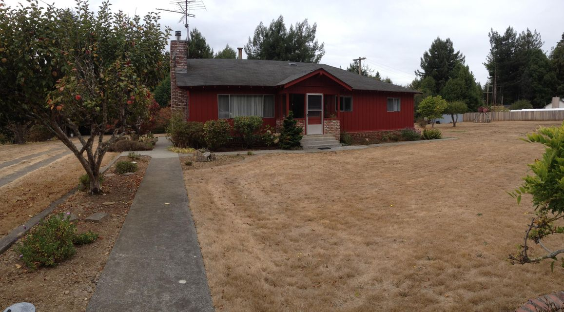 112 Peppertree Lane, Ferndale, CA 95536