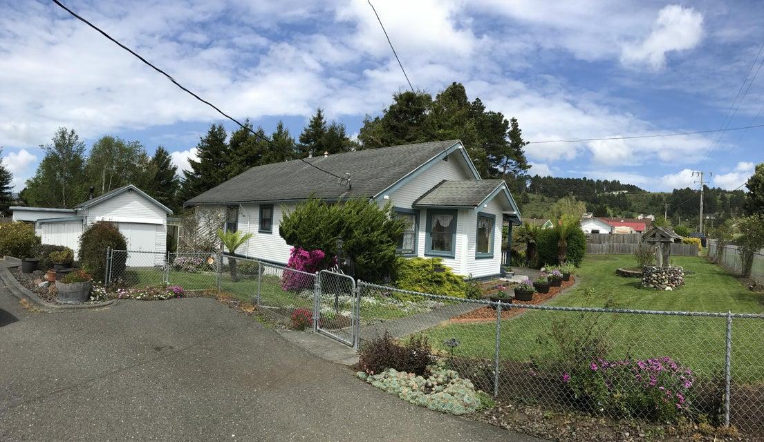 3403 Drake Hill Road, Fortuna, CA 95540