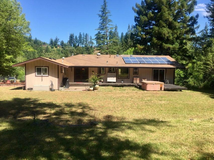 1025 Camp Kimtu Road, Garberville, CA 95542