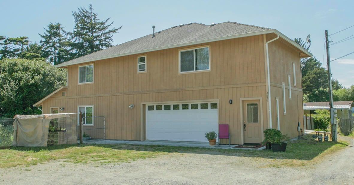 2424 Penn Avenue, McKinleyville, CA 95519