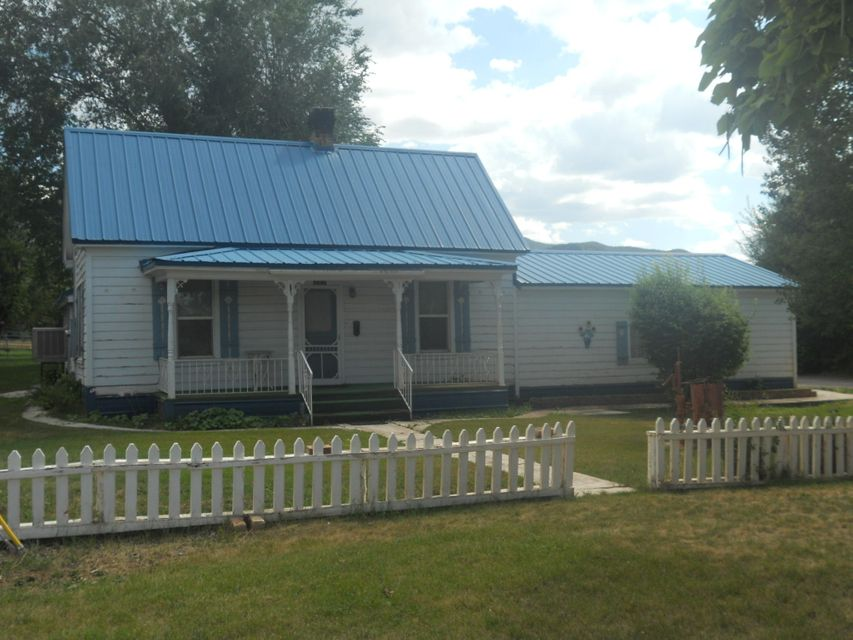 257 W Center ST, Parowan, UT 84761