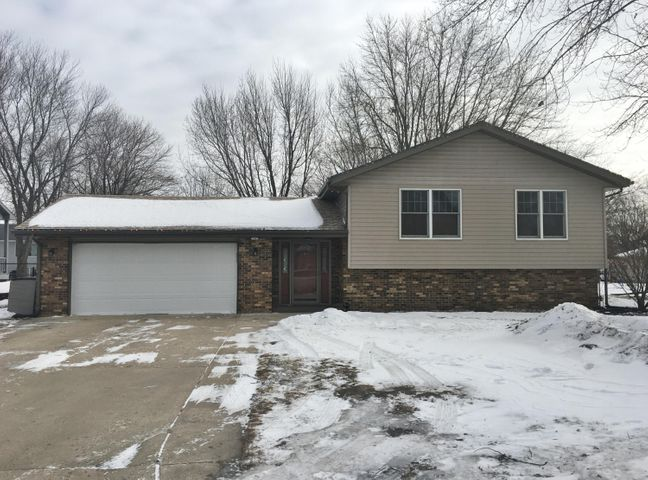 414 17TH Court N    Estherville, IA 51334