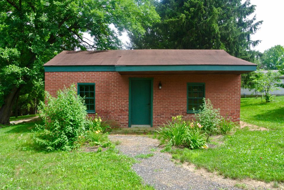 Additional photo for property listing at 1190 TROUT RUN ROAD  Mount Joy, Pennsylvania 17552 United States