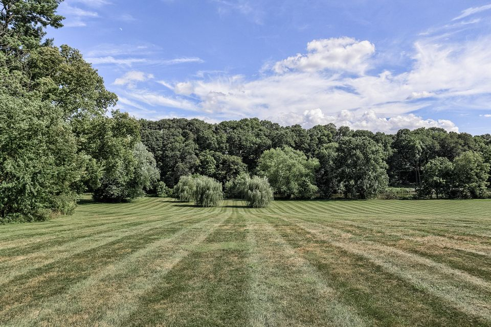 Additional photo for property listing at 250 ESHELMAN ROAD 250 ESHELMAN ROAD Lancaster, Pennsylvania 17601 Estados Unidos