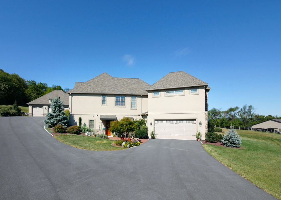 Additional photo for property listing at 5868 MILLER ROAD 5868 MILLER ROAD New Tripoli, Pennsylvania 18066 Estados Unidos