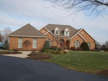 Casa Unifamiliar por un Venta en 104 GREENVIEW LANE 104 GREENVIEW LANE Lebanon, Pennsylvania 17042 Estados Unidos