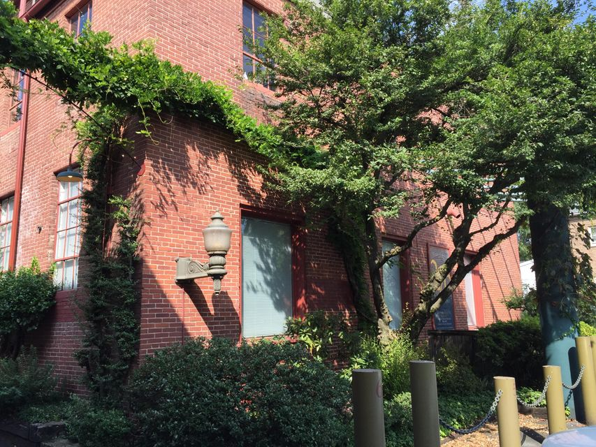 Additional photo for property listing at 226 ARCH STREET  Lancaster, Pennsylvania 17603 United States
