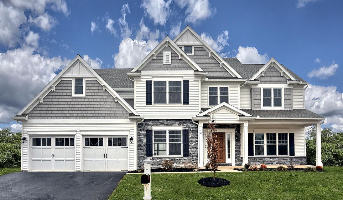 18 BLUE JAY WAY, ANNVILLE, PA 17003