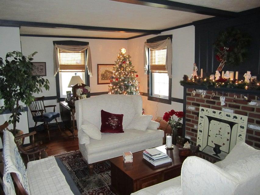 Additional photo for property listing at 531 WHITE OAK ROAD 531 WHITE OAK ROAD Manheim, Pennsylvania 17545 United States
