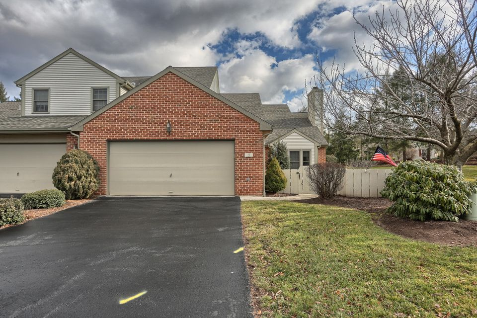 3 CAMBRIDGE DRIVE, HERSHEY, PA 17033