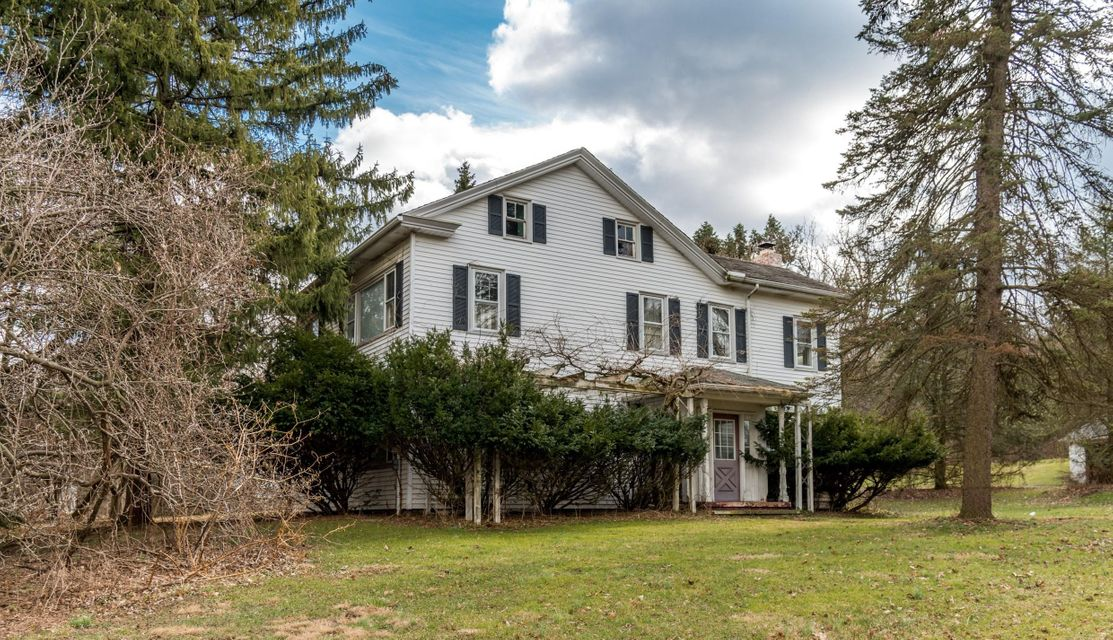 Single Family Home for Sale at 647 SAND HILL ROAD 647 SAND HILL ROAD Hershey, Pennsylvania 17070 United States