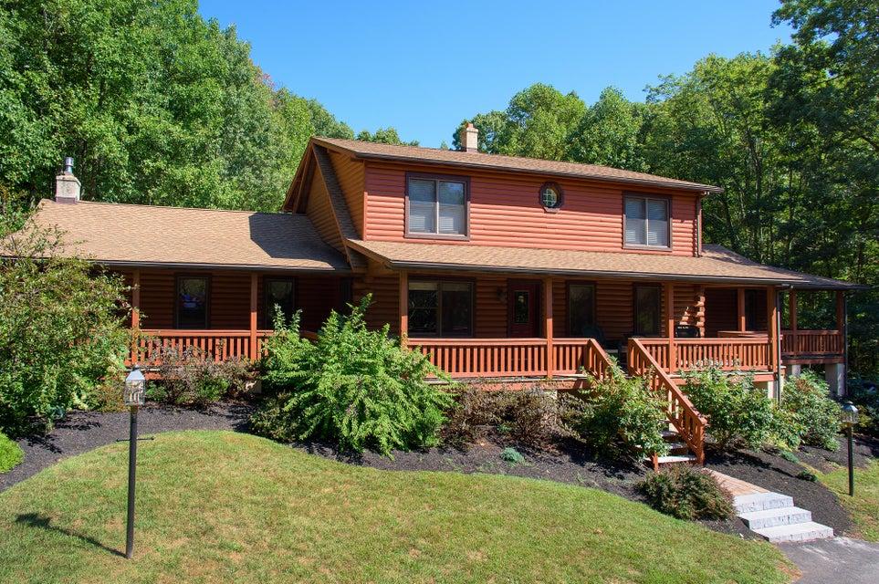 独户住宅 为 销售 在 1199 BUCK HOLLOW ROAD 1199 BUCK HOLLOW ROAD 莫哈顿, 宾夕法尼亚州 19540 美国