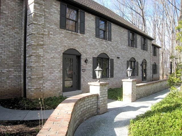 1304 SAND HILL ROAD, HUMMELSTOWN, PA 17036