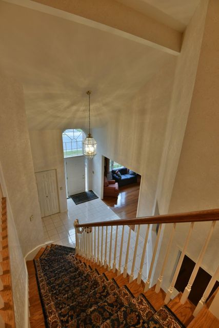 Additional photo for property listing at 735 ZURICH DRIVE  Hummelstown, Pennsylvania 17036 United States
