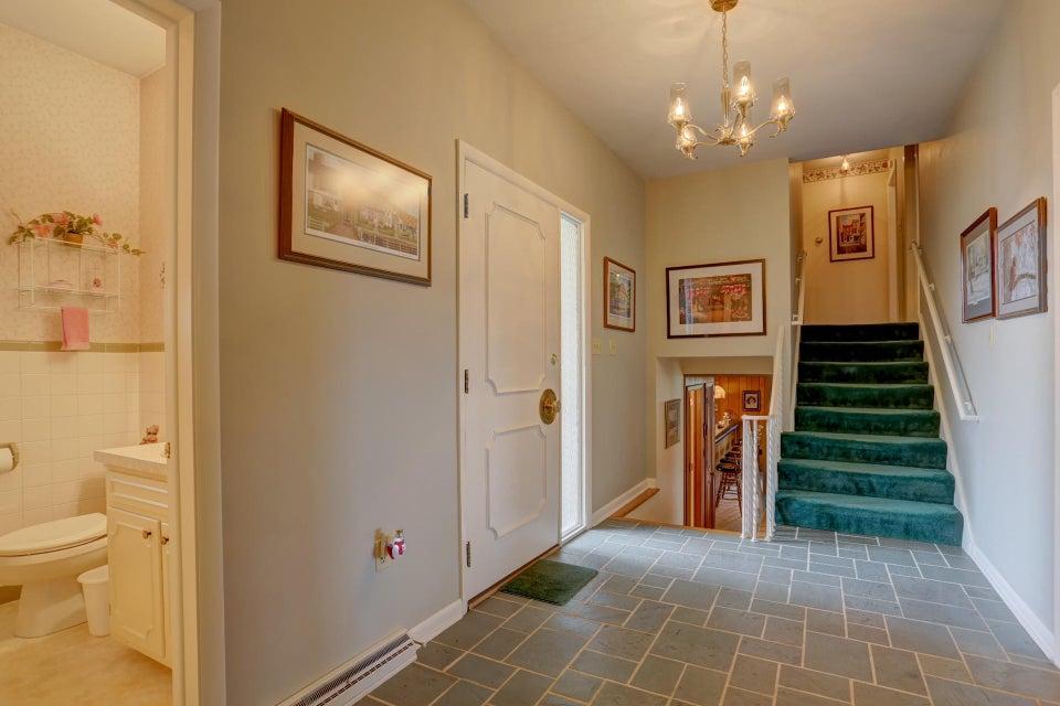 Additional photo for property listing at 509 FULTON STREET 509 FULTON STREET Akron, Pennsylvania 17501 Estados Unidos