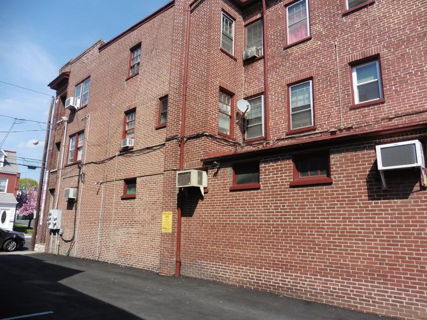 Additional photo for property listing at 714/716 COLUMBIA 714/716 COLUMBIA Lancaster, Pennsylvania 17603 United States