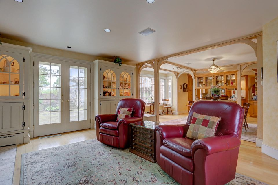 Additional photo for property listing at 2380 DONEGAL SPRINGS ROAD 2380 DONEGAL SPRINGS ROAD 玛丽埃塔, 宾夕法尼亚州 17547 美国
