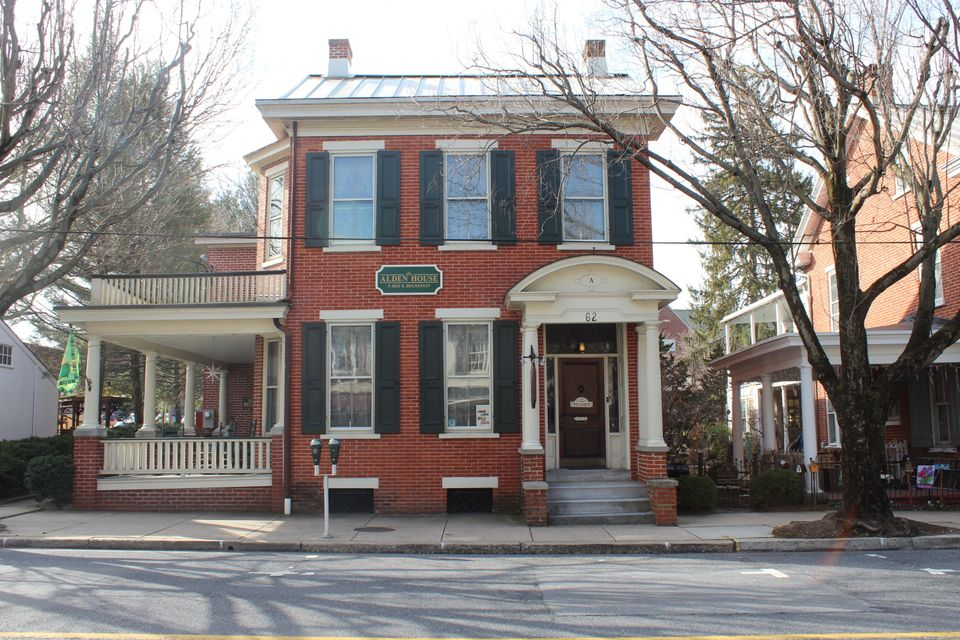 Single Family Home for Sale at 62 MAIN STREET 62 MAIN STREET Lititz, Pennsylvania 17543 United States
