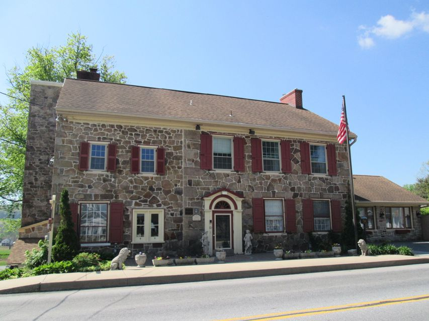 Commercial for Sale at 2100 MAIN STREET 2100 MAIN STREET Narvon, Pennsylvania 17555 United States