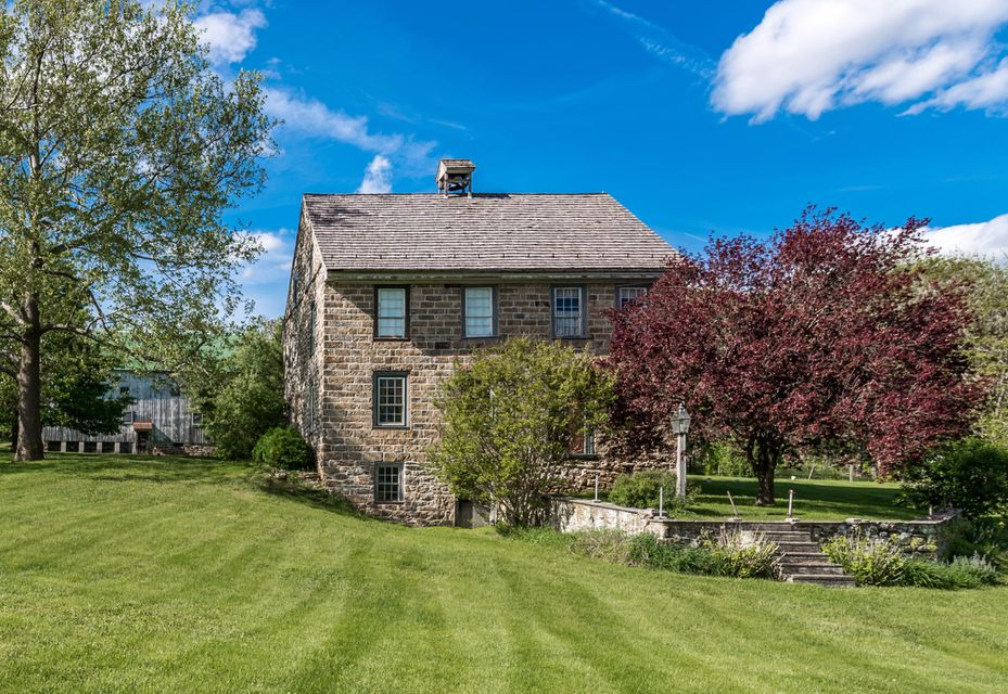 405 PETERS ROAD, NEW HOLLAND, PA 17557