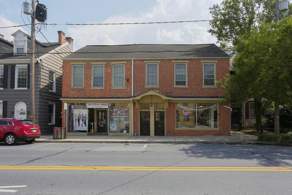 Commercial for Sale at 206 MAIN STREET 206 MAIN STREET Mount Joy, Pennsylvania 17552 United States